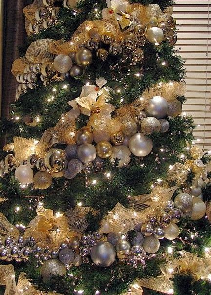 Silver and gold christmas tree garland christmas decor How to hang garland on a christmas tree