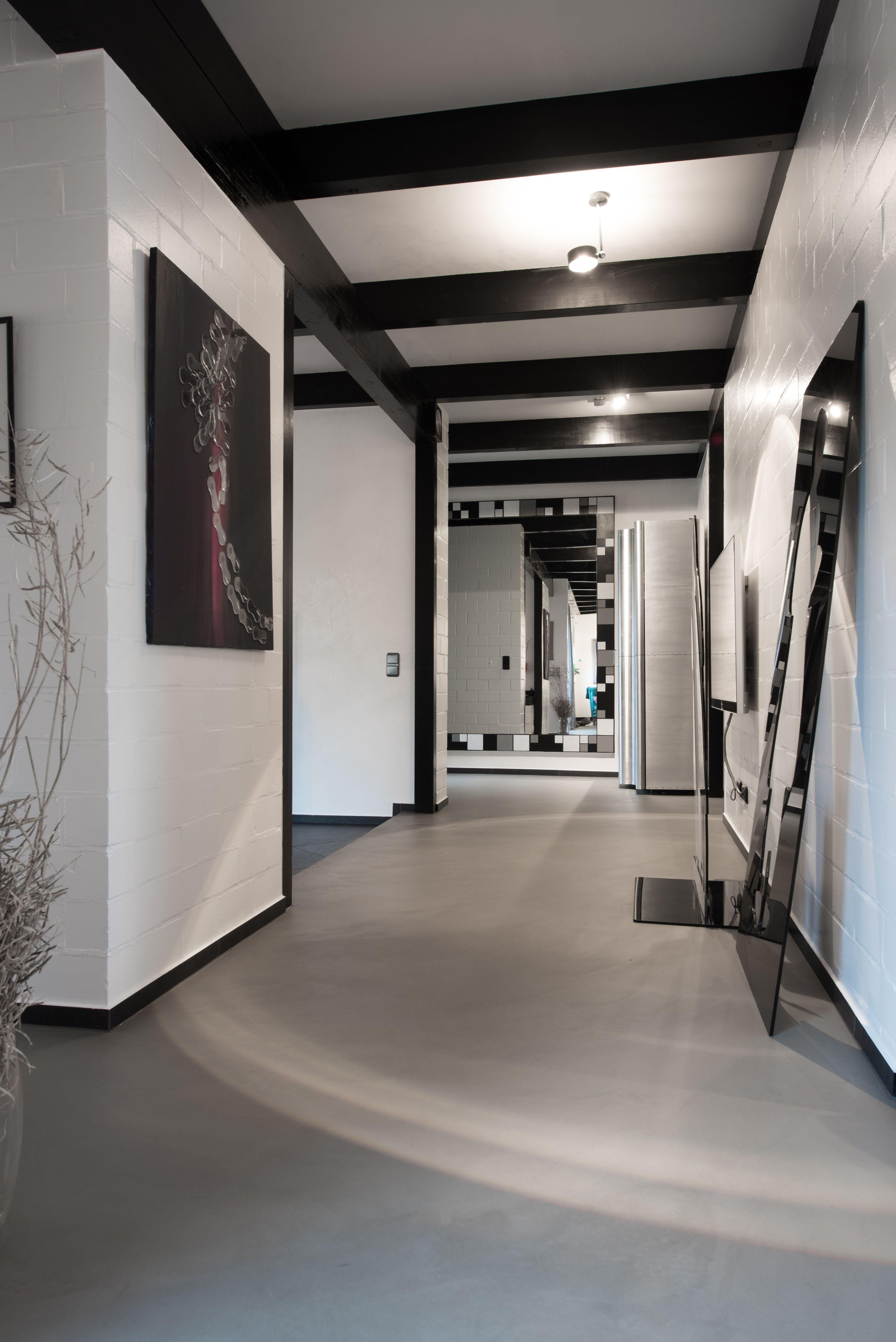 Unsere fugenlosen Spachtelböden auch Beton Ciré genannt, sind eine ...