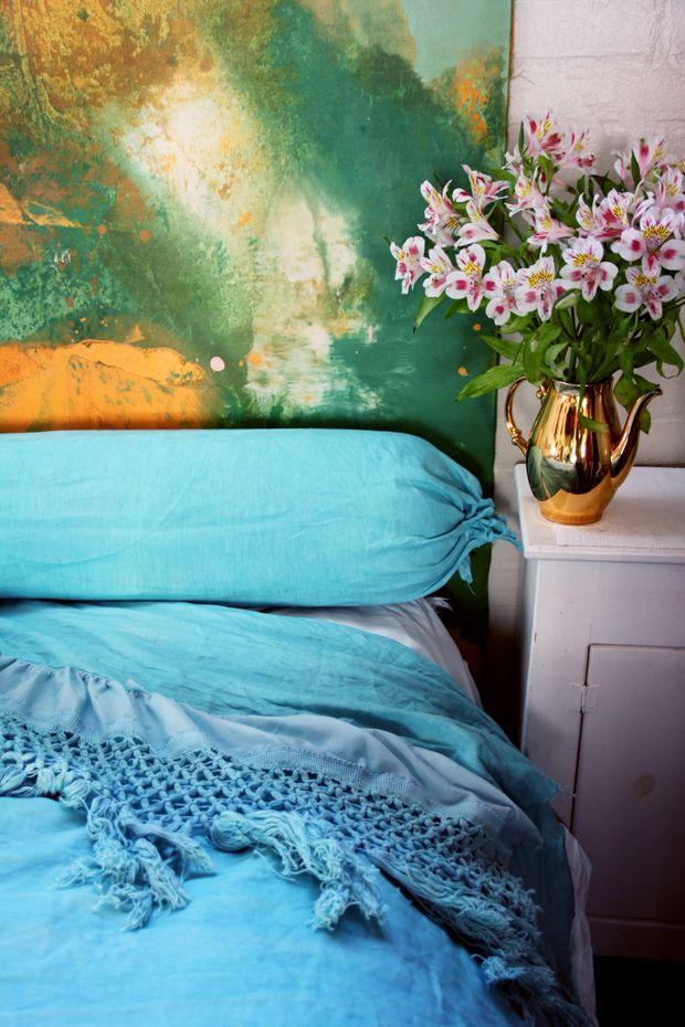 Cozy & homey & DIY oh my! >> DIY linen bedding by Justina Blakeney