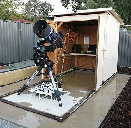Setting-Up a Small Observatory: From Concept to Construction (The Patrick Moore Practical Astronomy