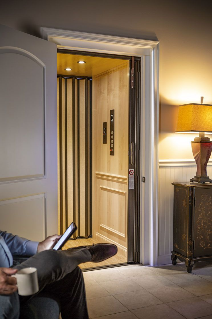 Elegant Residential Elevator In 2020 Residential House Elevation Room Layout