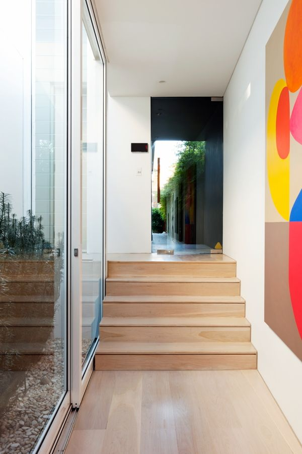 TFAD Architects, Annie Benjamin Interior Design, Coogee House | art hallway