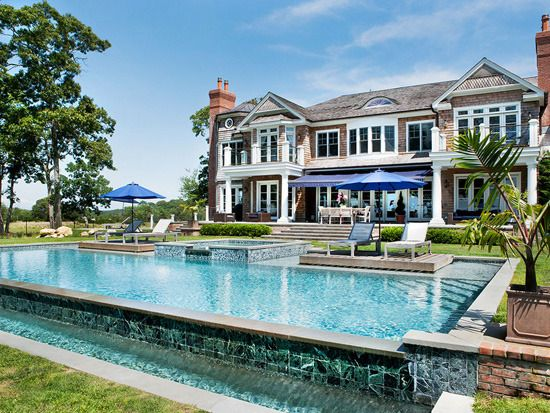 1 6 best pools at the hamptons 39 most expensive homes for Pool design hamptons