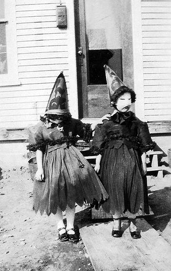 Strange Vintage Halloween Costumes With Images Vintage