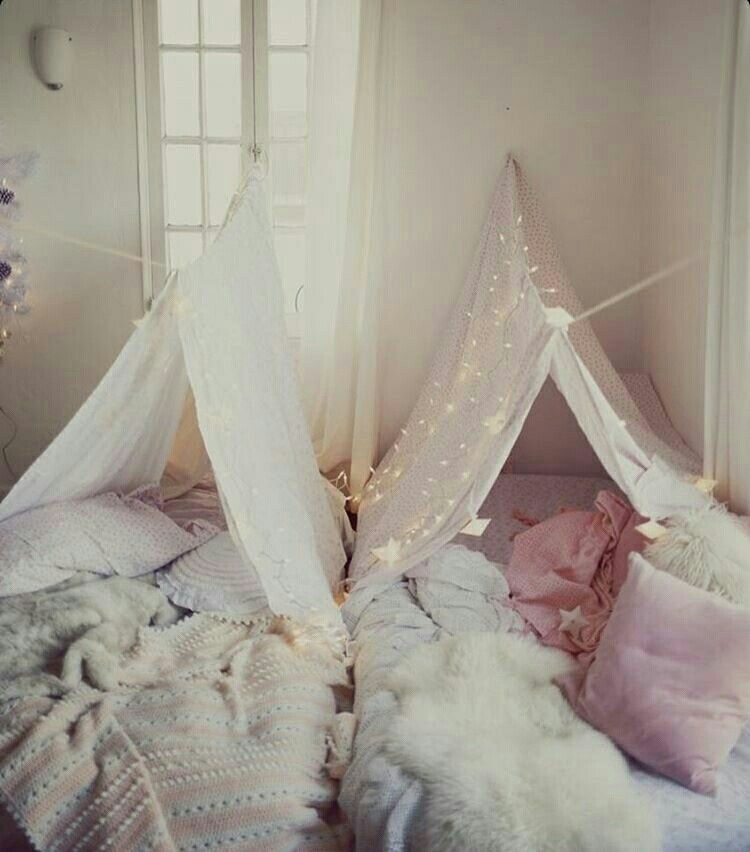 Makeshift Tents For A Boho Girls Sleepover! Adorable
