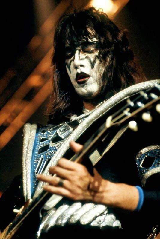 Pin By Ace Frehley On Kiss Alive 73 Ace Frehley Kiss Members