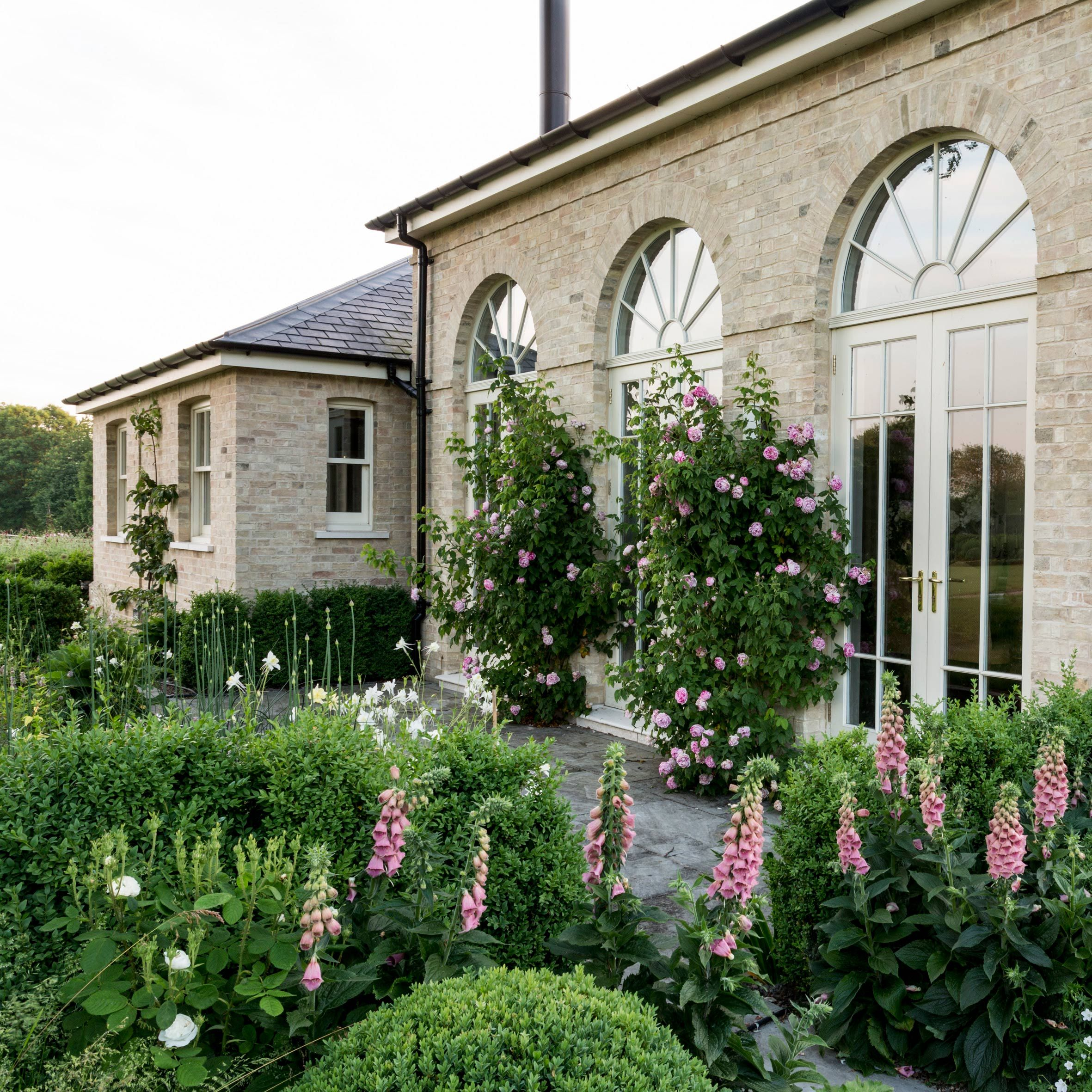 Rectory Cambridgeshire Suffolk And Cambridge Garden Design Garden Architecture Cambridgeshire Garden Design