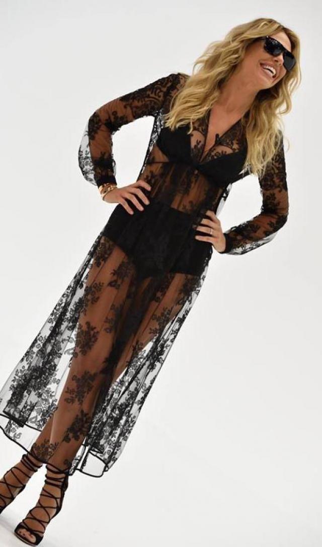 Ilary blasi vestito di pizzo nero claudius