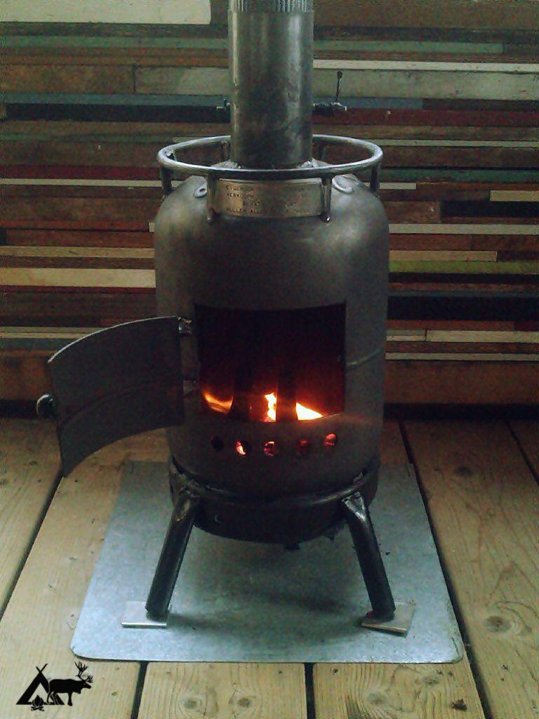 die klassischen kachelofen von castellamonte sind echte blickfanger, stuga #cabin #wood #stove home made #urbexpeditie | wood stoves, Ideen entwickeln