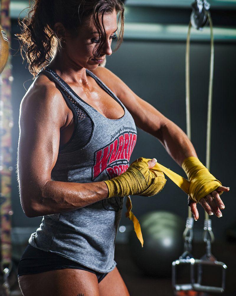 TheAnkle   Body building women, Muscular women, Muscle women