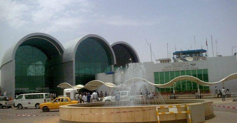مطار الخرطوم رحلات الطيران تسير بصورة طبيعية House Styles Mansions House