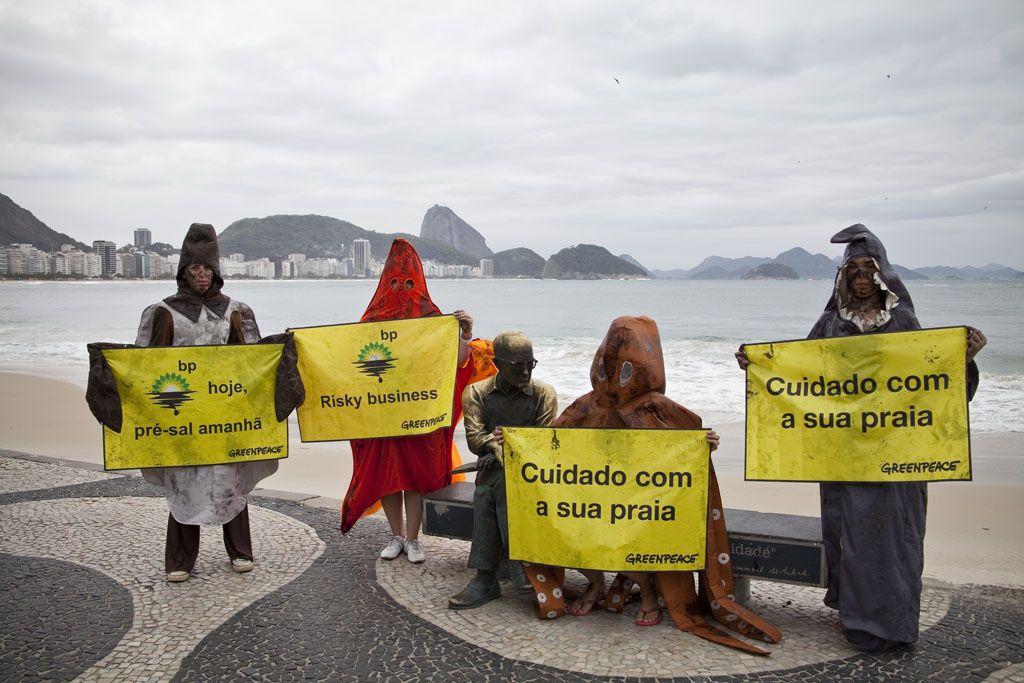2010 British Petroleum O Greenpeace reagiu com protestos