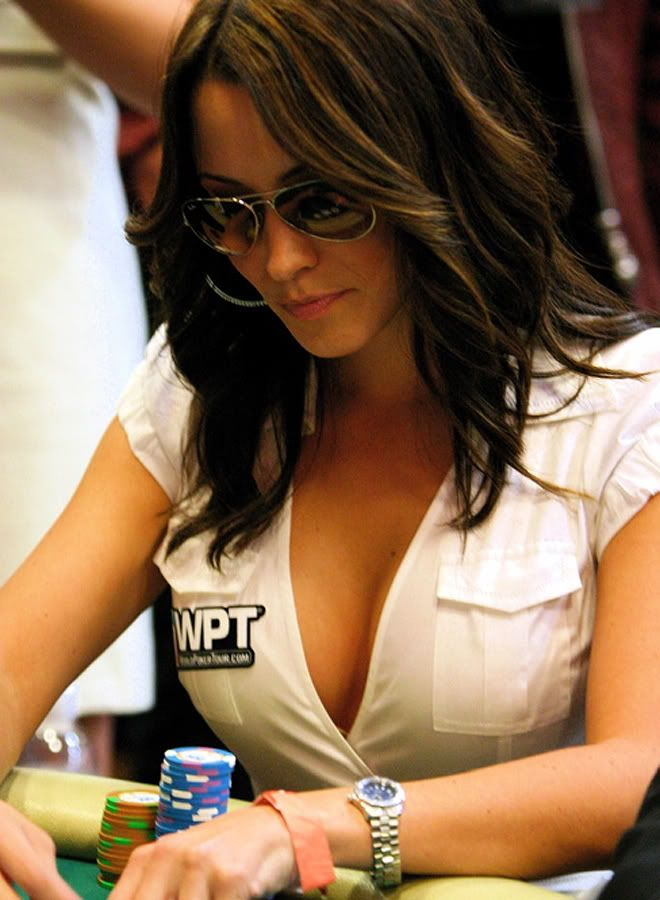 Kimberly Lansing Is A Tv Host For The World Poker Tour
