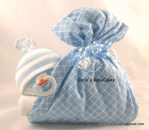 Stork bundle baby | Sleeping baby diaper cake | Stork bundle | Diaper baby | Baby shower gift | Boy diaper cake | Baby shower centerpiece by MsCarlasBabyCakes on Etsy