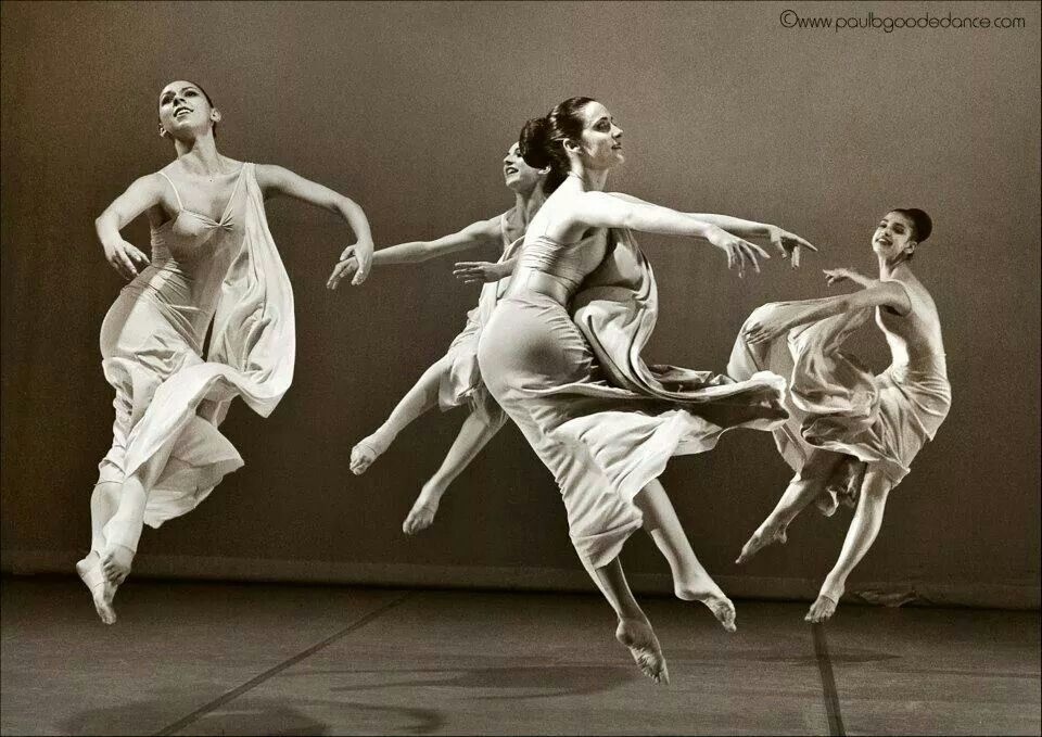 Martha Graham Temptation Of The Moon History Of Dance Dance Photography Dancing In The Moonlight
