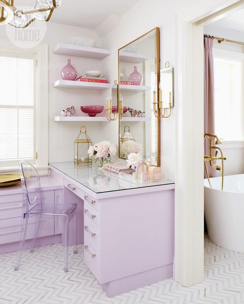 Romantic Living Room Ideas For Feminine Young Ladies Casa: Designer Tara Fingold, Toronto