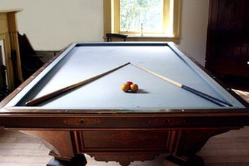 Take Apart A Pool Table To Make It Much Easier To Transport - How do you take apart a pool table