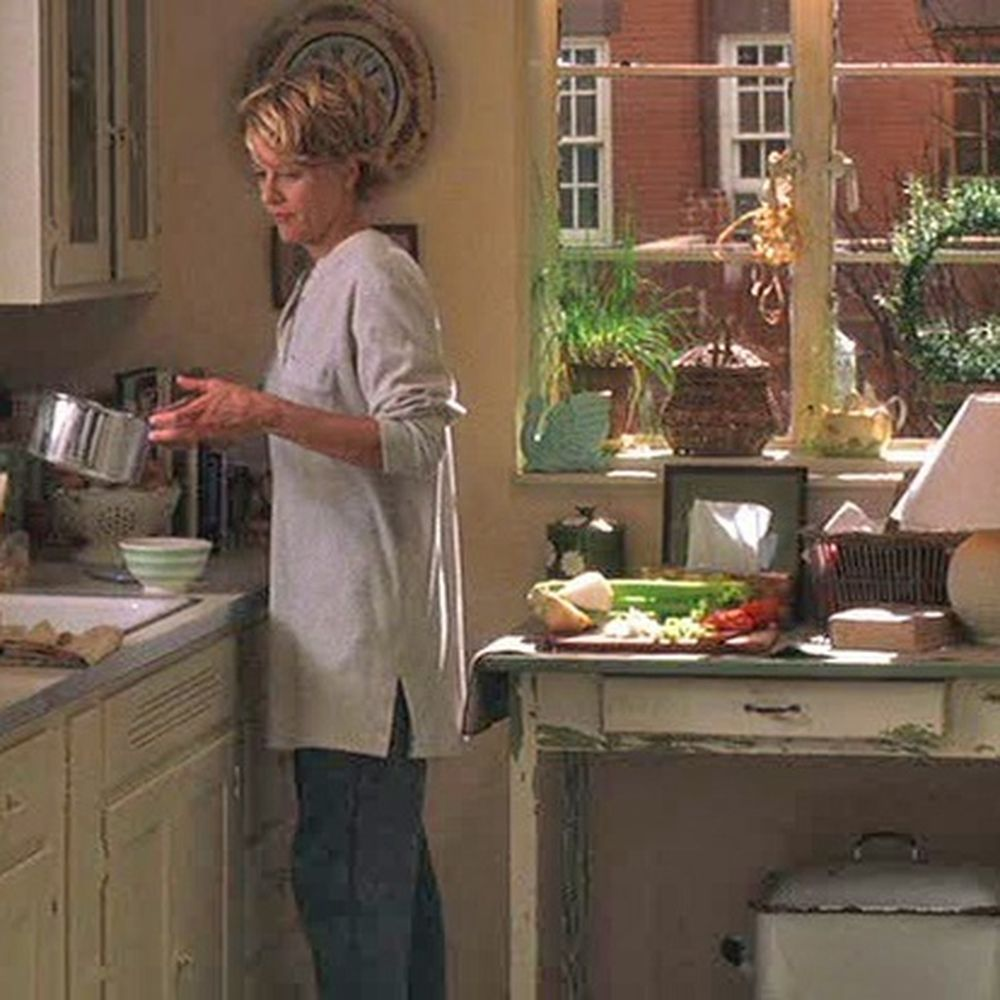 13 Of The Best Movie Set Kitchens Of All Time Unfitted Kitchen Movie Sets Good Movies