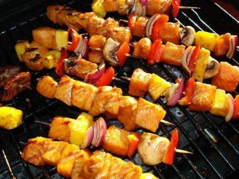 Chicken Souvlaki Kebabs Recipe via @SparkPeople