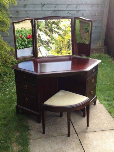 Rare stag minstrel corner dressing table with triple Corner dressing table