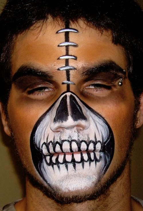 20+ Cool and Scary Halloween Face Painting Ideas - 10 - Pelfind - face painting halloween ideas