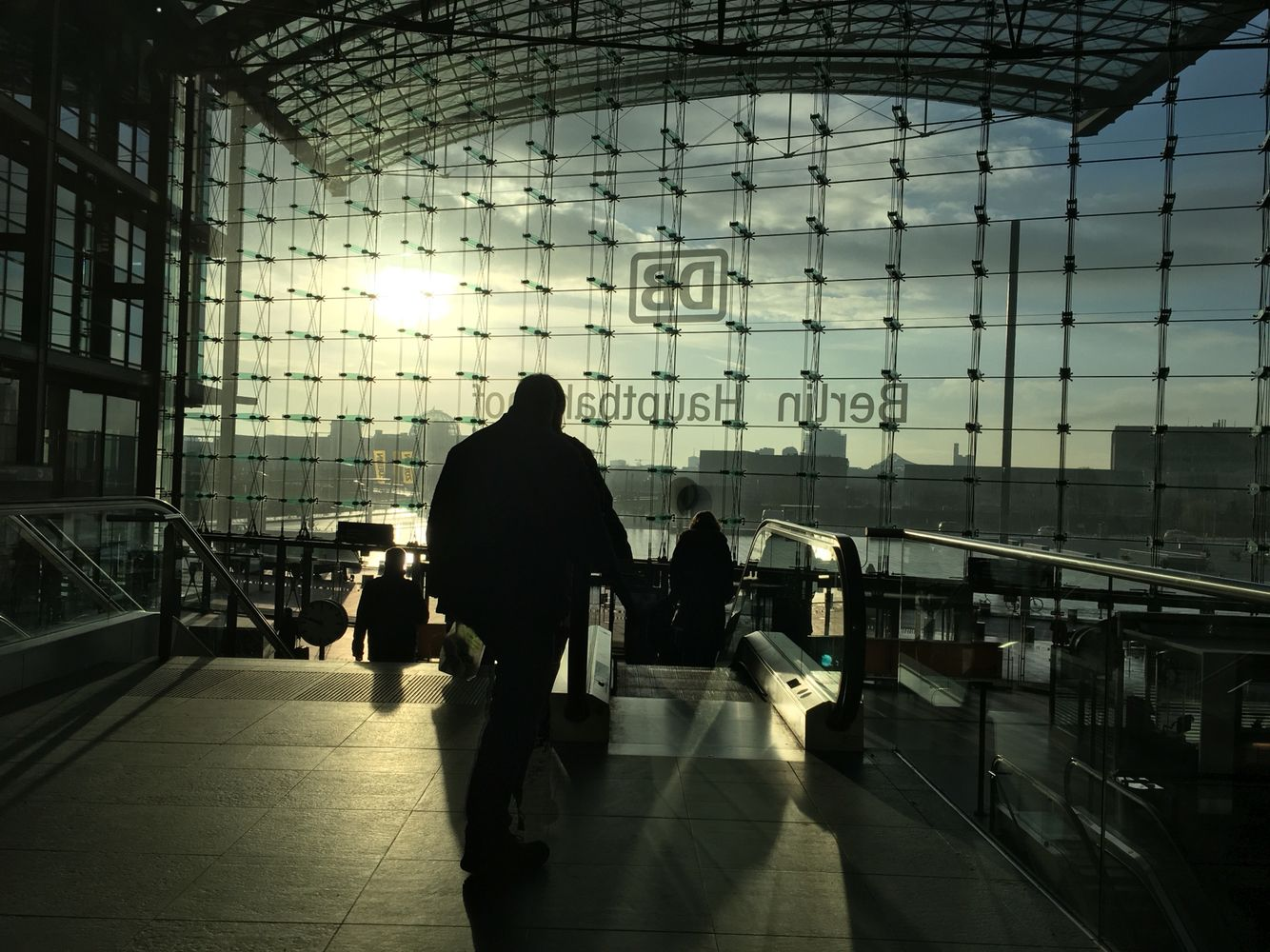 #Berlin #sunrise #mainstation