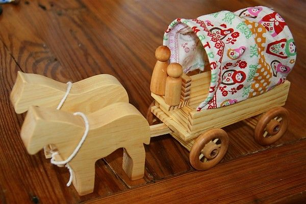 Handmade Peg Baskets : Wooden covered wagon for peg dolls the kids