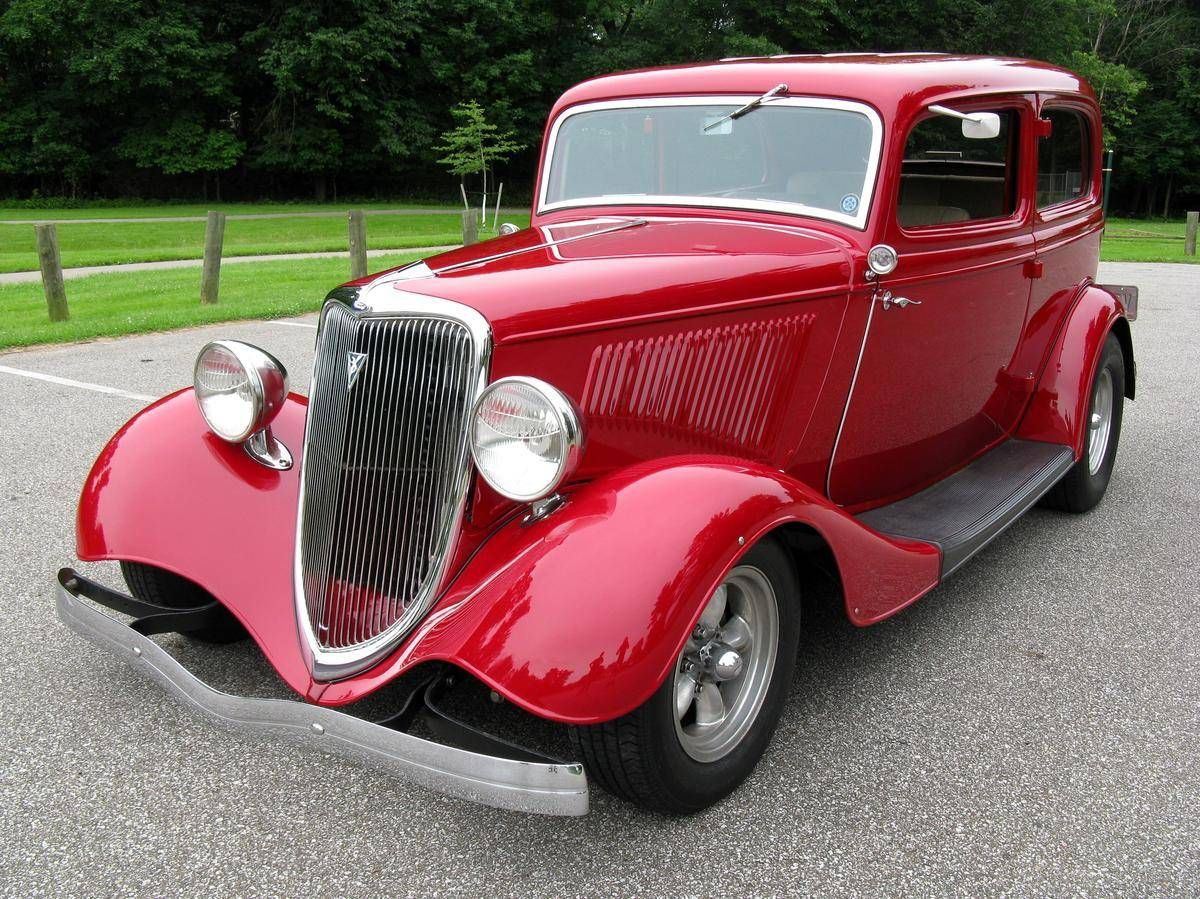 1934 Ford Deluxe 2 Door Sedan Classic Cars Trucks Hot Rods Car Ford Antique Cars