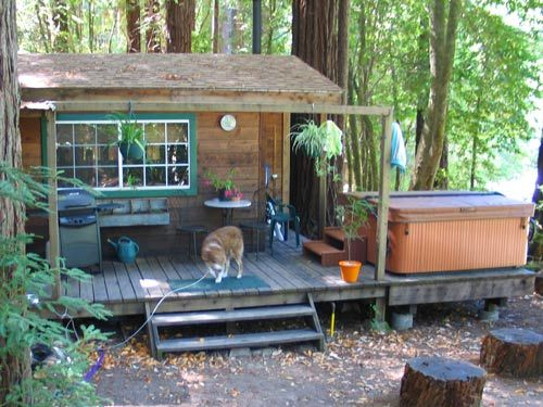 Pet Friendly Vacation Rental EDGEWATER CABIN, CAZADERO