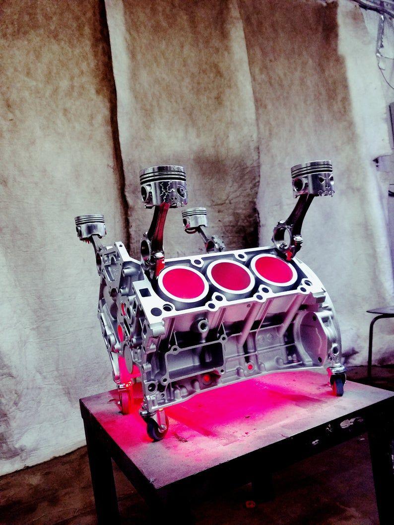 Tableau Moteur Bloc Led Lumiere V6 Metal Art Piston Crane Bouteille Porte Voiture Partie Meubles In 2020 Car Part Furniture Engine Table Led Lights