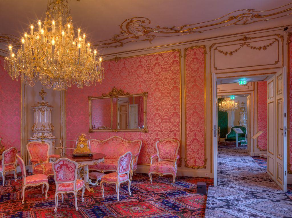 Hofburg palace interior innsbruck castle palace for Interior design innsbruck