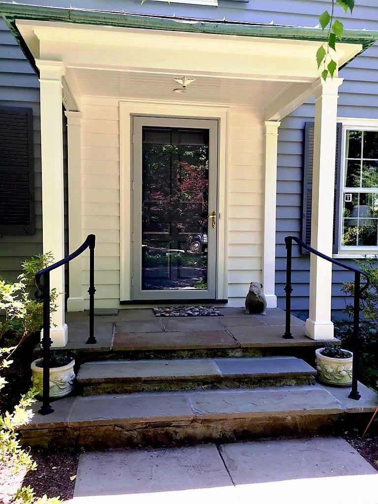Best Wrought Iron Handrails In 2019 Wrought Iron Handrail 400 x 300