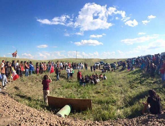 Dakota Access Pipeline Protest In North Dakota Photo Credit No Dakota Access In Treaty Territo Standing Rock Native American History Army Corps Of Engineers