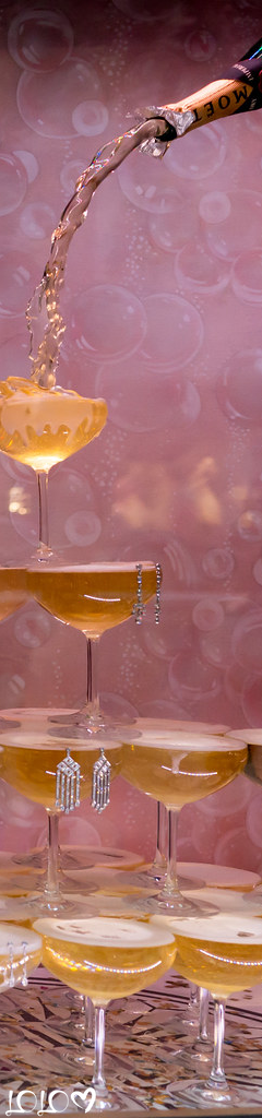 Pin By Amanda Leaman On Vino Champagne Bubbles Champagne Champagne Flutes