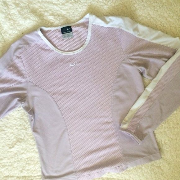 Nike Sphere Dry Lilac Top XS Nike Sphere Dry Lilac Top XS never worn! Nike Tops