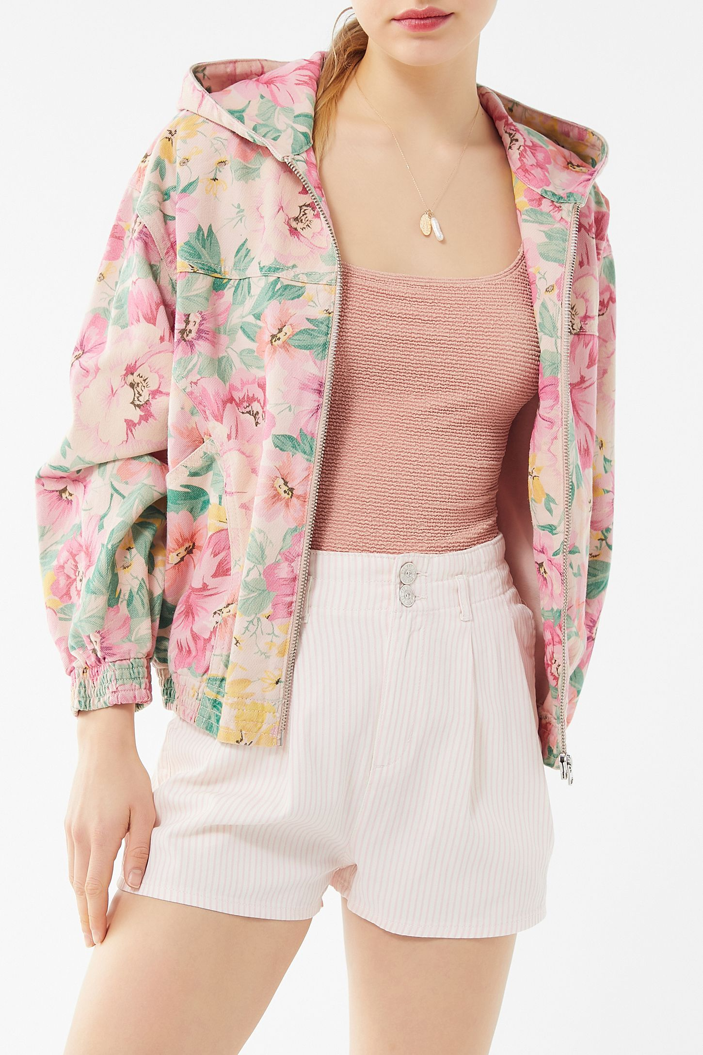 fa4b1c6ab BDG Floral Hooded Bomber Jacket in 2019   SHOPPING   Hooded bomber ...