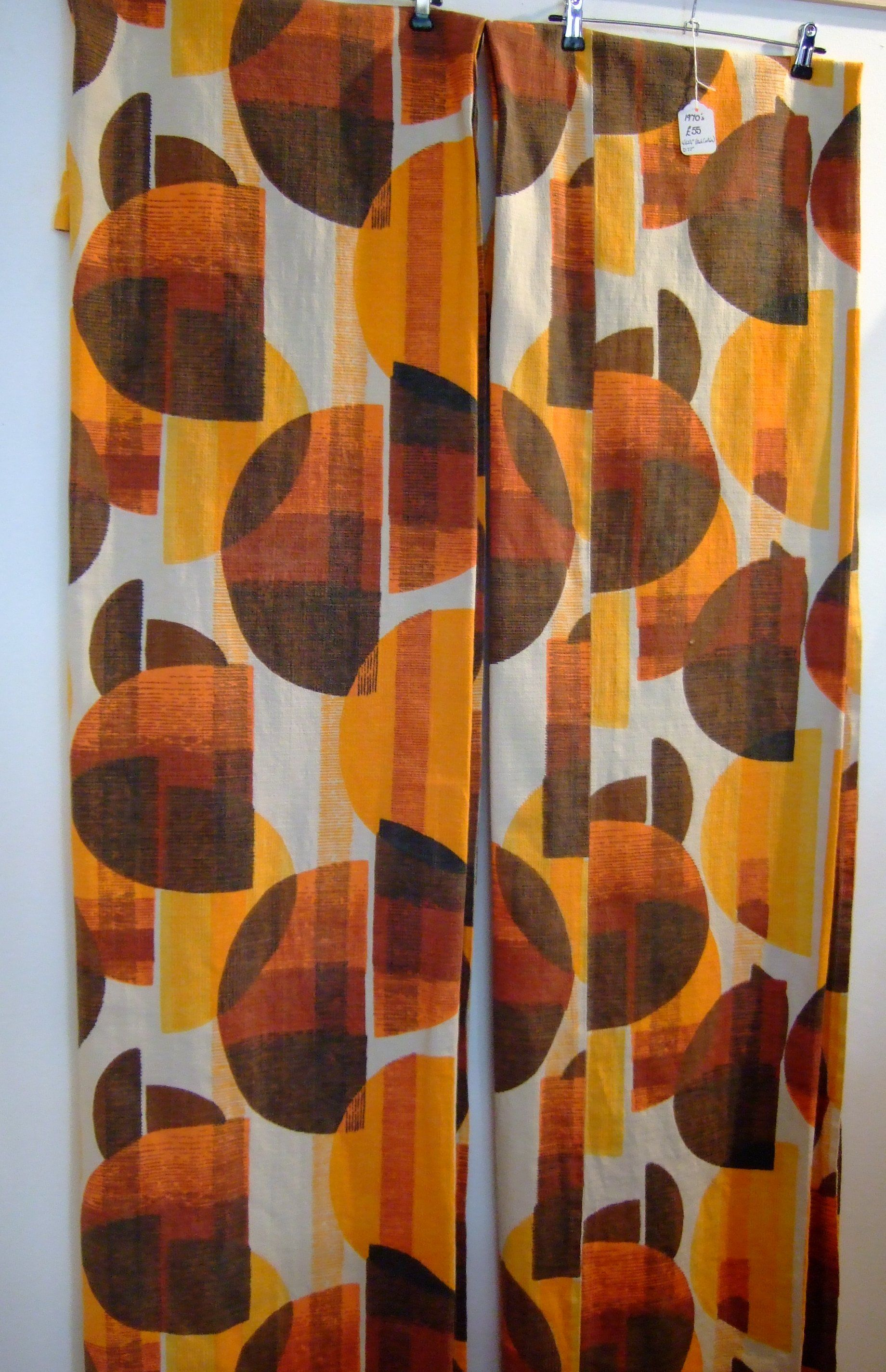 1970 S Geometric Orange And Brown Curtains How To Make Curtains
