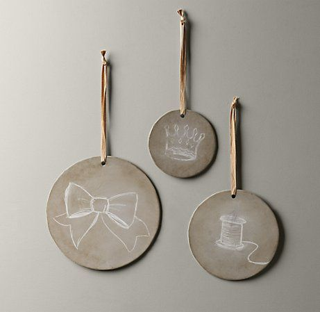 Round Chalkboard Plaques