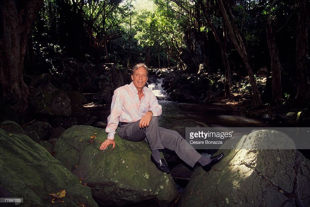 Richard Chamberlain; Richard Chamberlain, Self Assignment, March 20, 1998…