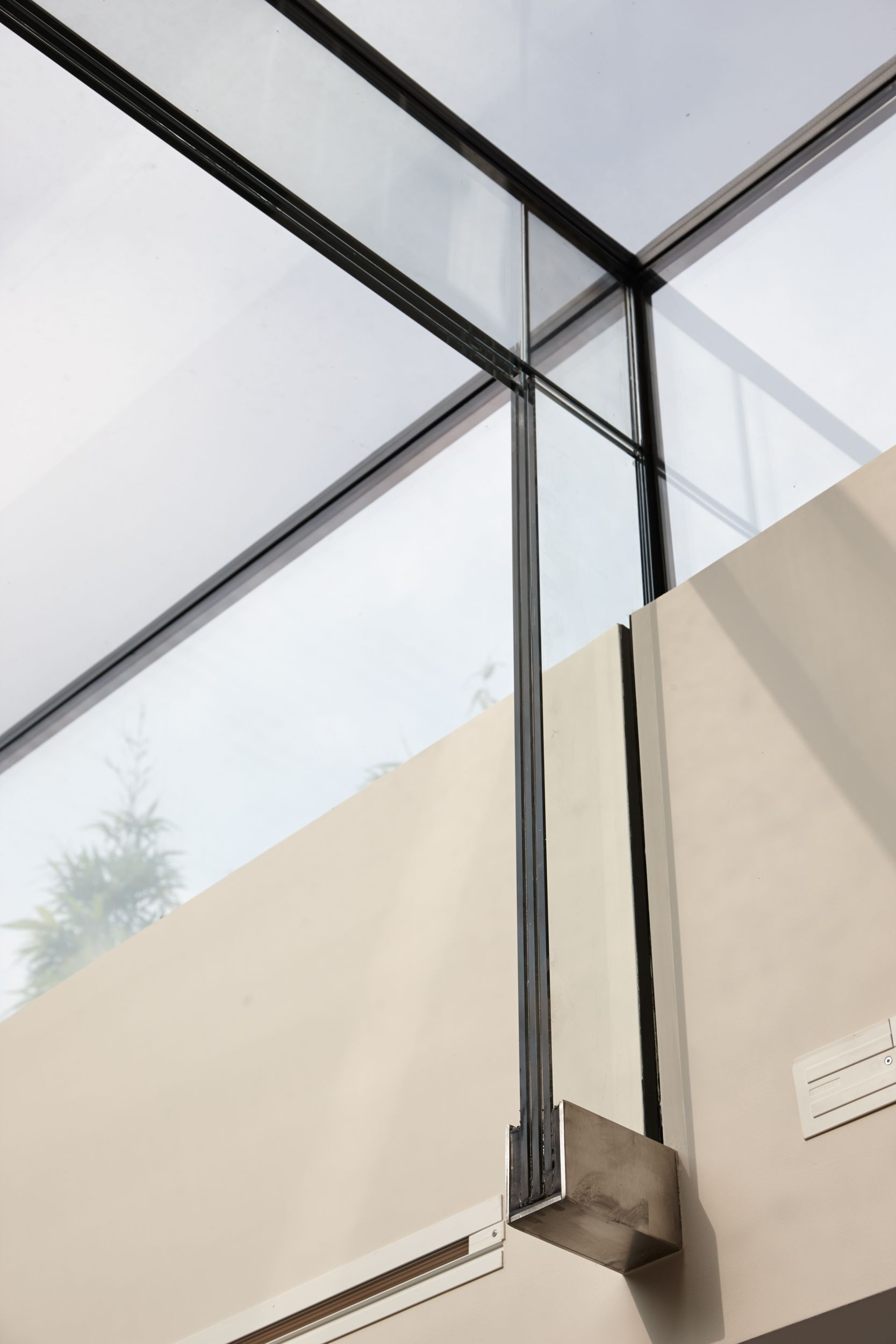 boundary metal - glass canopies and suspended ceilings - 15