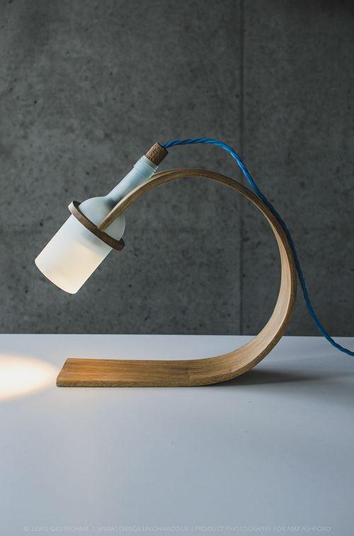 Lampe en bois cintr et bouteille de verre d poli for Angelo case mobili