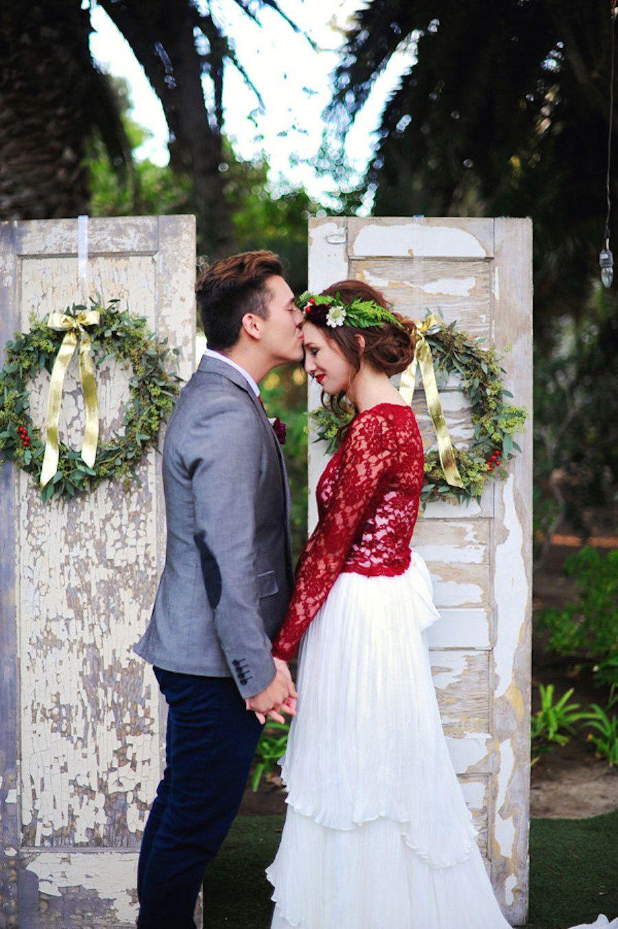 Dieses Kleid, das für eine Hochzeit im Dezember gefertigt wurde ...