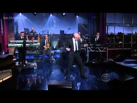 Pitbull - Back In Time (Featured In ''Men In Black III'') David Letterman  5-23-12
