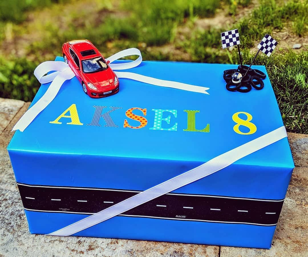 Race Car Themed Gift Wrapping 3 2 1 Go Birthday Birthdaypresent Racerbirthday Creative Gift Wrapping Creative Wrapping Gift Wrapping