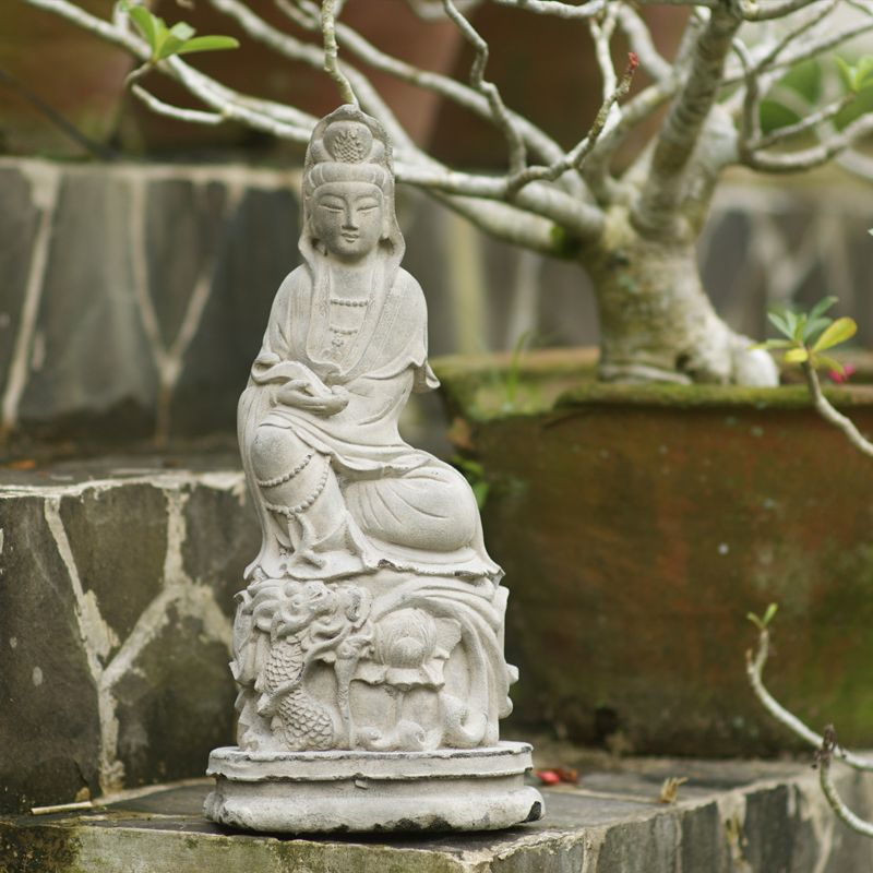 Lovely Kuan Yin   The Bodhisattva Of Mercy And Compassion. Indoor/Outdoor Stone  Statue.