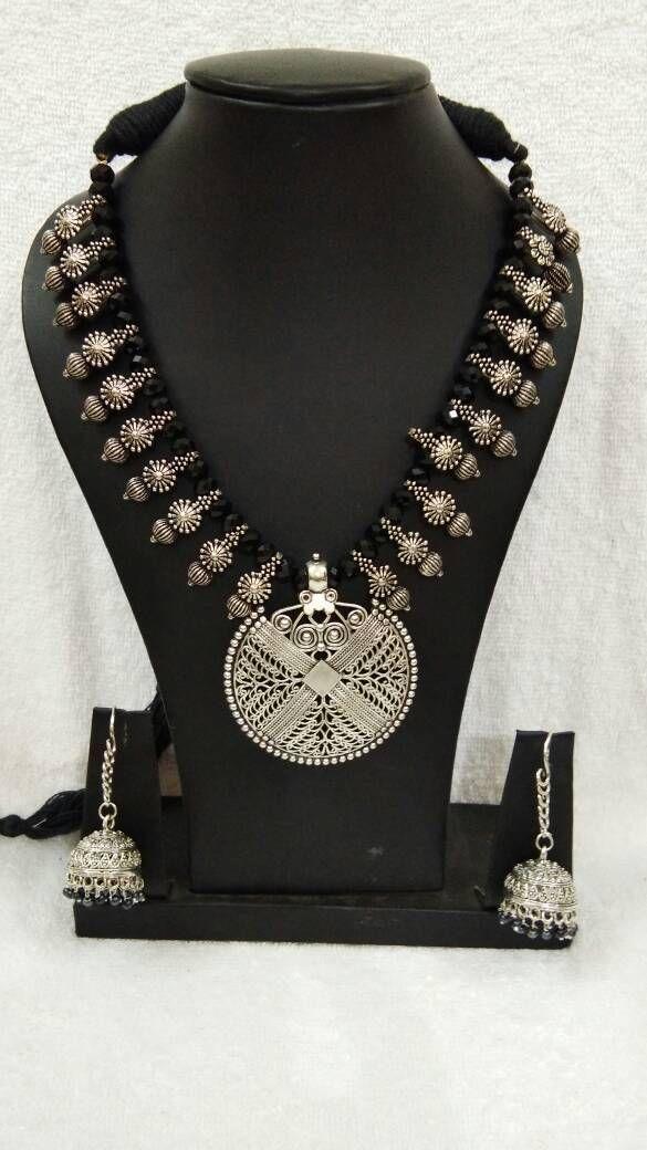 ab4044656 Silver Round Antique Pendant with Black Crystal Oxidised Jewellery Set