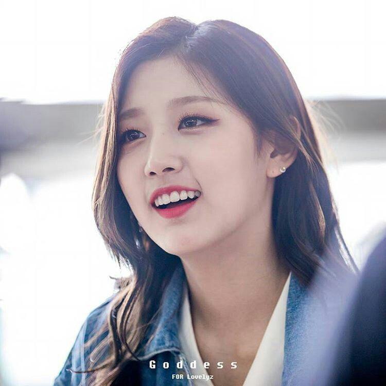 Lovelyz_Yein - Jeong Ye In   L O V E L Y Z di 2019