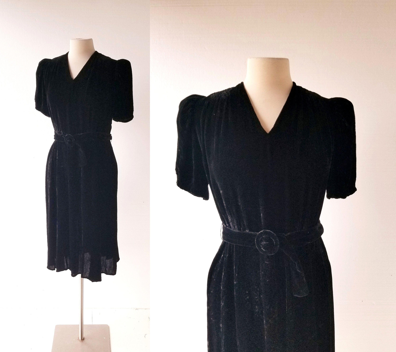 1940s Black Velvet Dress Velvet Evening Dress Black Velvet Dress Velvet Dress [ 2664 x 3000 Pixel ]
