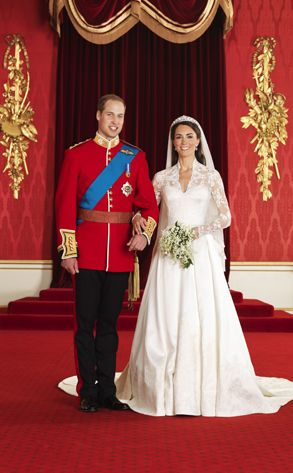 Prince William Kate Middleton From Super Expensive Weddings Cost Estimated 70 Millionpretty Much The Entire World Watched As Marry