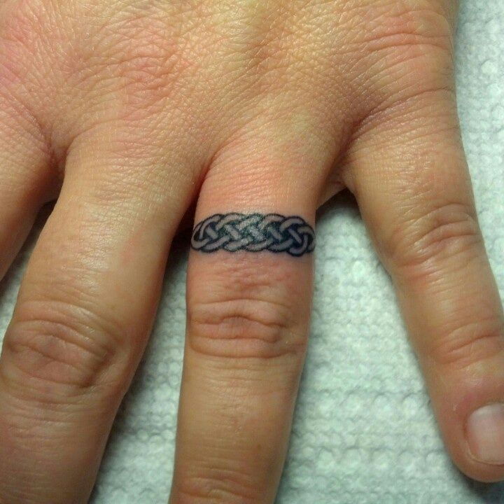 5 Unique Celtic Knot Wedding Band Tattoos | Weding Tips | Pinterest ...